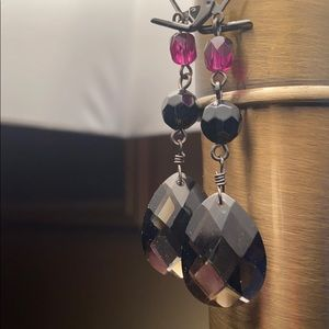 Leaver back crystal earrings blackberry color